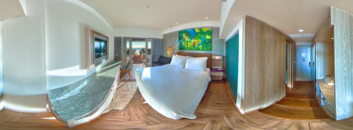 Mercure-Bali-Hotel-room-in-VR,-a-screenshot-of-the-equirectangular-picture-of-the-deluxe-room,-VR-photo-by-VizioFly